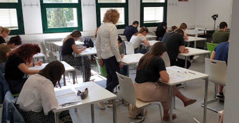 Università per Stranieri di Siena Esami – CILS 30/05/2019 Εξετάσεις Πιστοποίησης της Ιταλικής γλώσσας…